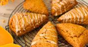 طرز تهیه اسکون کدو حلوایی شیرینی ساده و خوشمزه بدون خمیرمایه